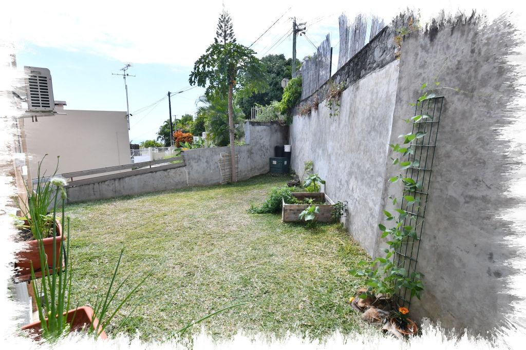 A vendre appartement saint denis 63 m 173 000 for 9 jardin fatima bedar saint denis